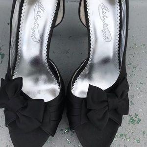 Shoes - Black satin heels